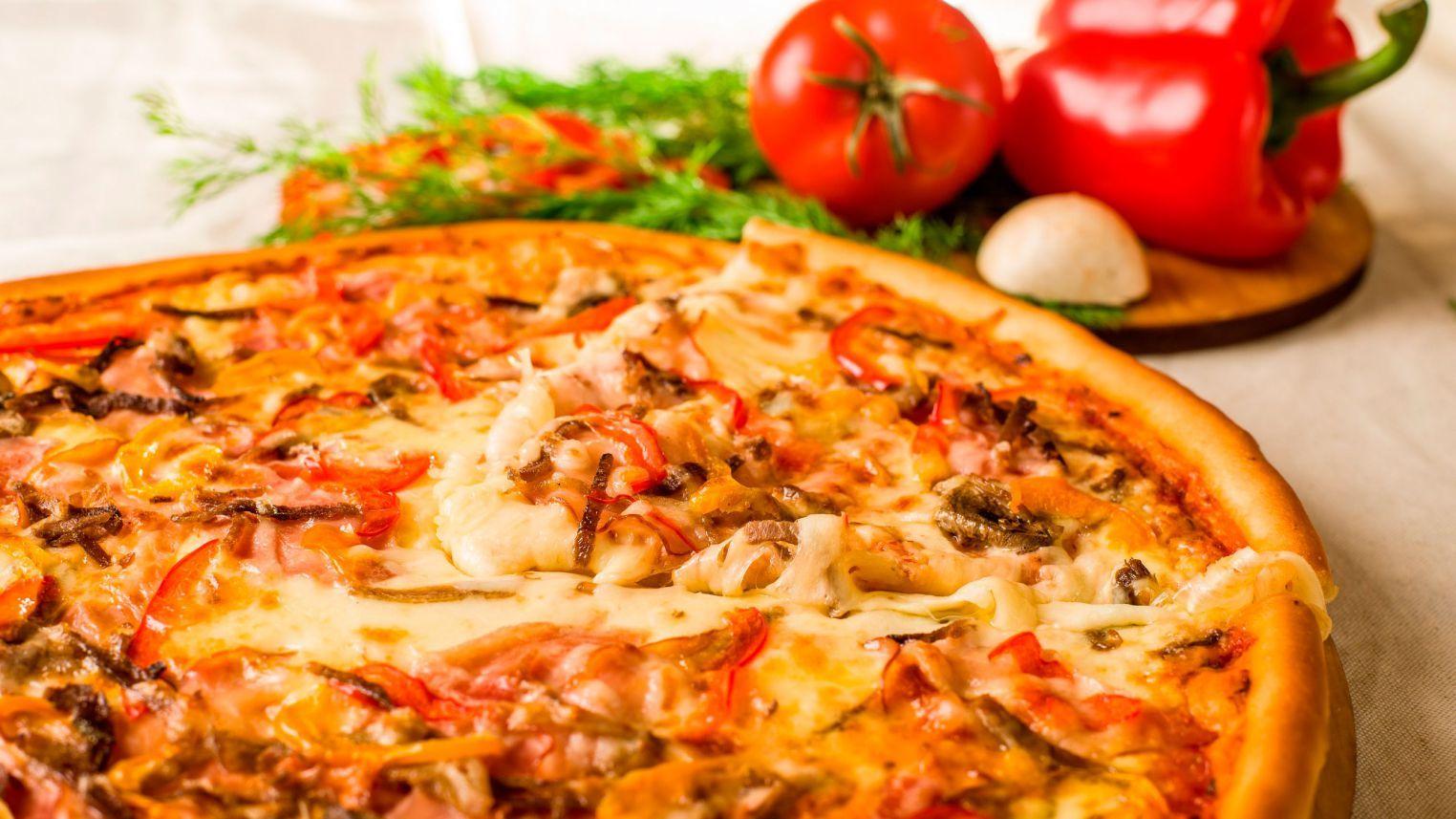 ЕЩЁ пиццерия в ТРК Петровский